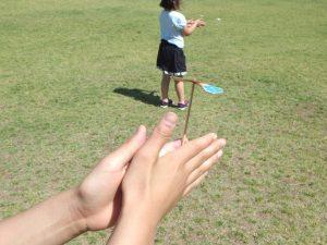 夏休み手作り工作(竹でっぽうと竹トンボつくり)